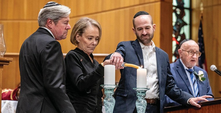 Six Million remembered at community Yom Hashoah service | Jewish